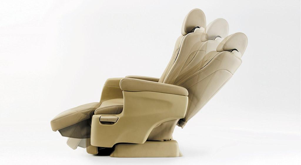 Interior Seat Features
